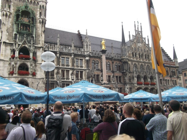 Marienplatz and the rathaus (town hall).